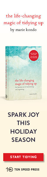 Crown: The Life-Changing Magic of Tidying Up by Marie Kondo