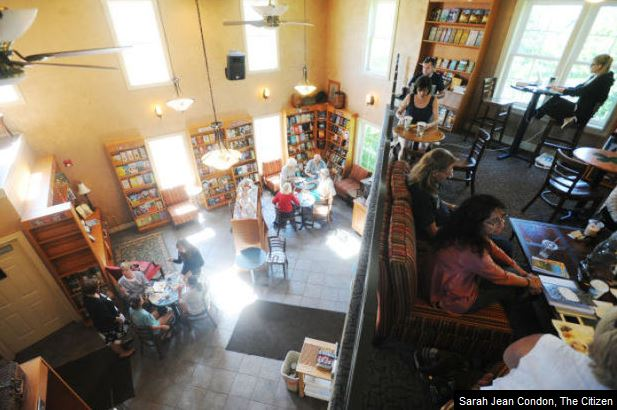 Creekside Books and Coffee