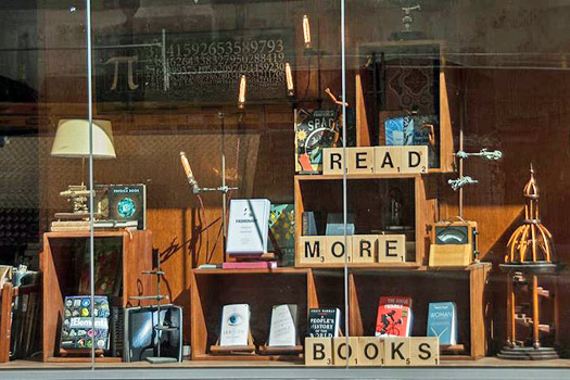 Embiggen Books, Melbourne